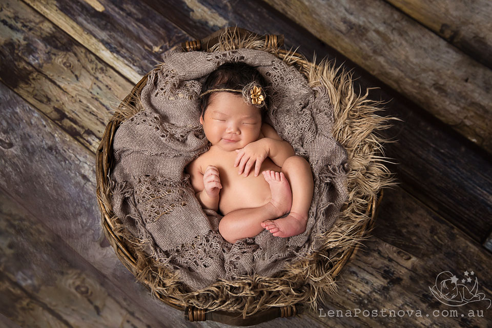 Newborn Photographer Sydney Northern Beaches _Newborn_Photography_by_Lena_Postnova_Newborn_Baby_Girl_Hazel_8_days_old_001001 copy